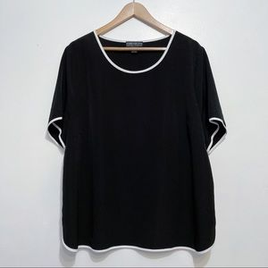 Forever 21 Black Scoop Neck Short Sleeve Blouse With White Piping Size 3X